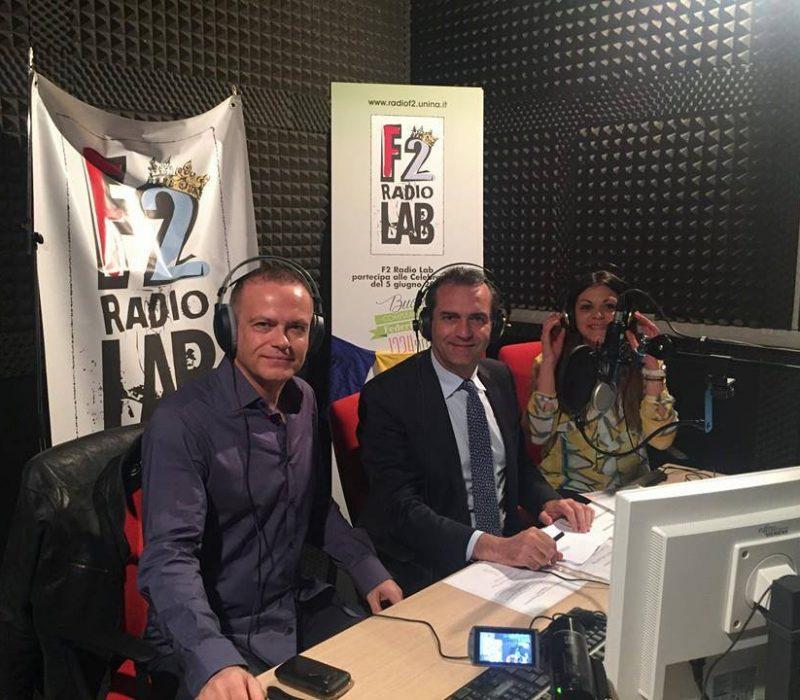 Il sindaco Luigi de Magistris ospite a Radio F2